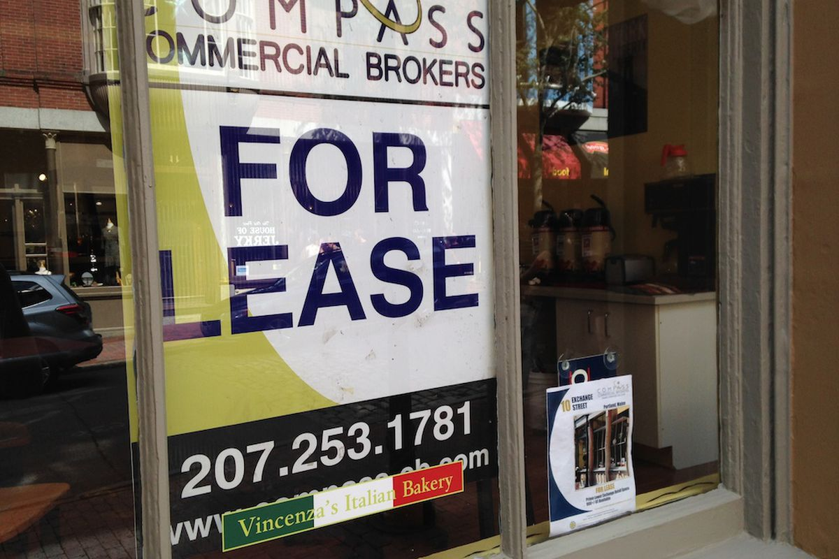Vincenza's Portland location is for lease.