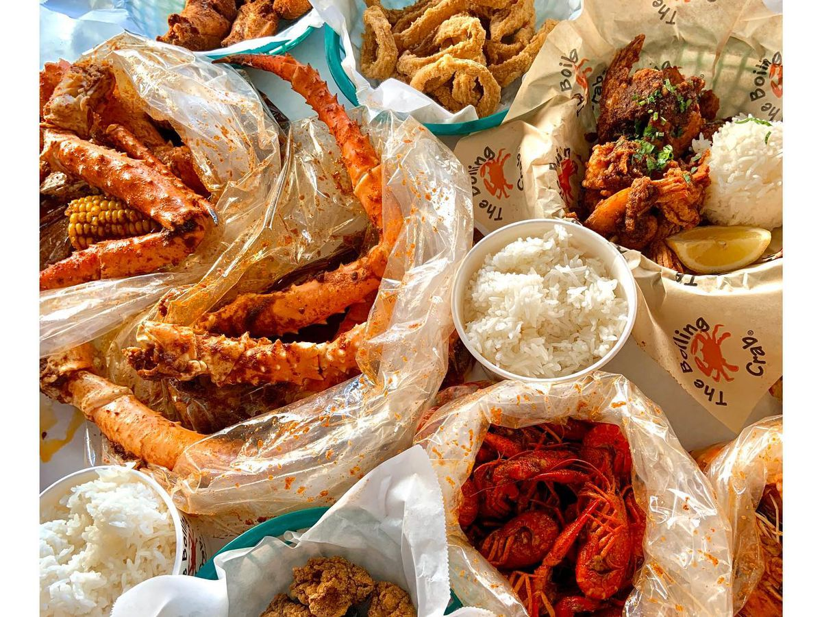 """<span data-author=""""-1"""">The Boiling Crab </span>"""