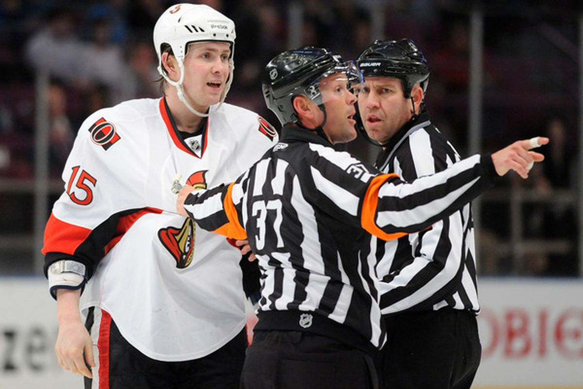 Z. Smith doesn't give a crap which way the penalty box is. (Photo by Christopher Pasatieri/Getty Images)