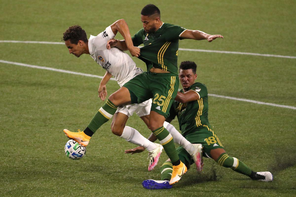 Los Angeles Galaxy v Portland Timbers
