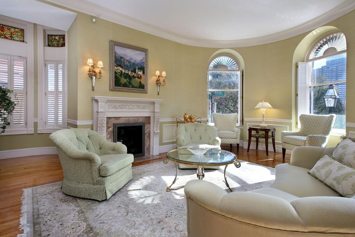 beacon hill one bedroom with two fireplaces drops for 3 15m