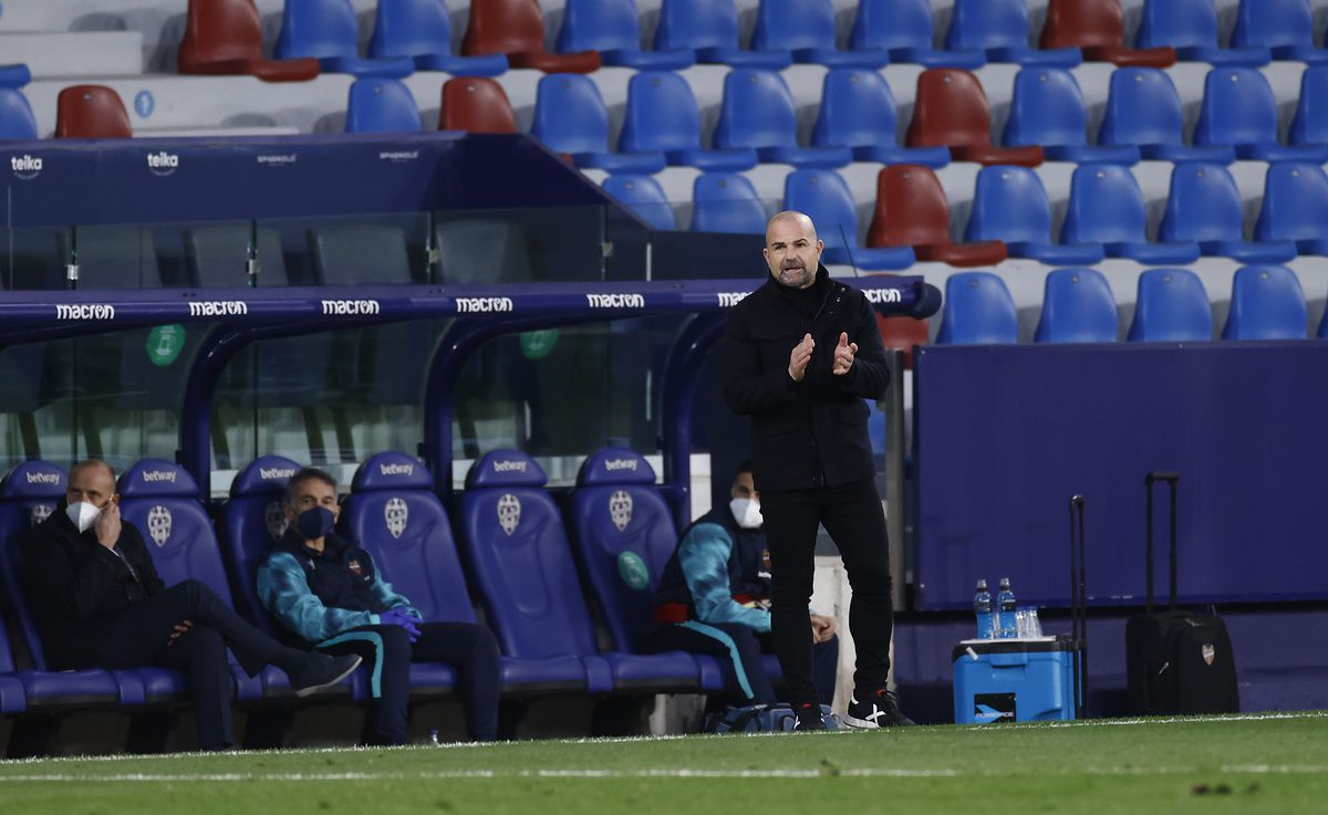 Levante UD v C.A. Osasuna - La Liga Santander