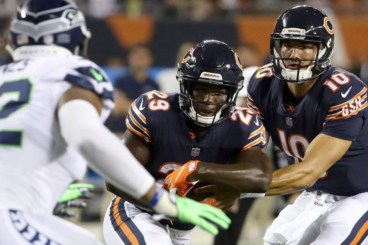 c8c0ec0620f A dominant Bears defense shouldn't mean a buttoned-up Mitch Trubisky ...