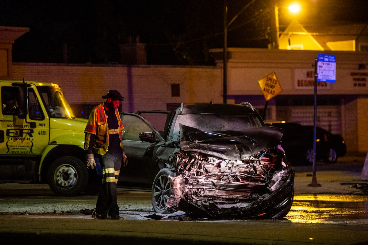 Chicago police and fire respond to a crash in Ashburn.