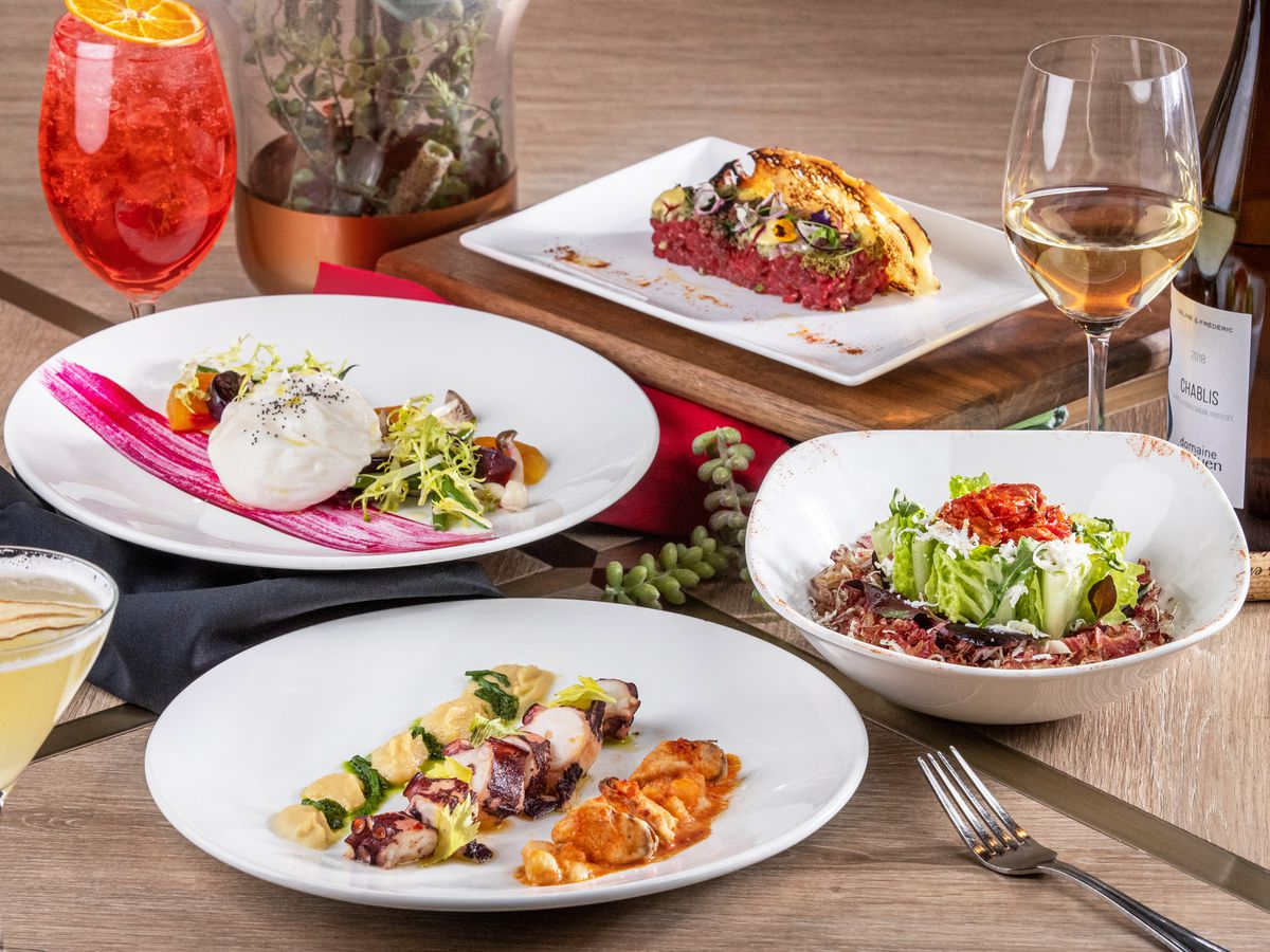 A variety of Italian dishes