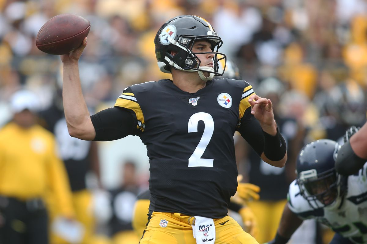 Pittsburgh Steelers quarterback Mason Rudolph throws a pass against the Seattle Seahawks during the fourth quarter at Heinz Field.
