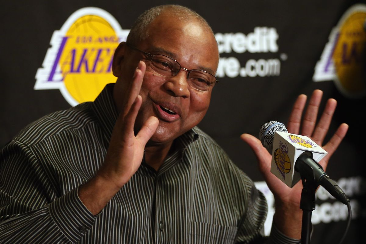 This yutz was the best coach the Lakers have had this season.