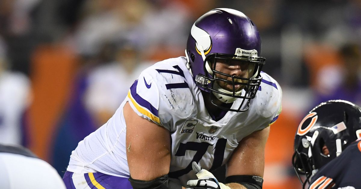 """Mike Zimmer Says Riley Reiff and Jeremiah Sirles Injuries """"Aren't Serious"""" - Daily Norseman"""