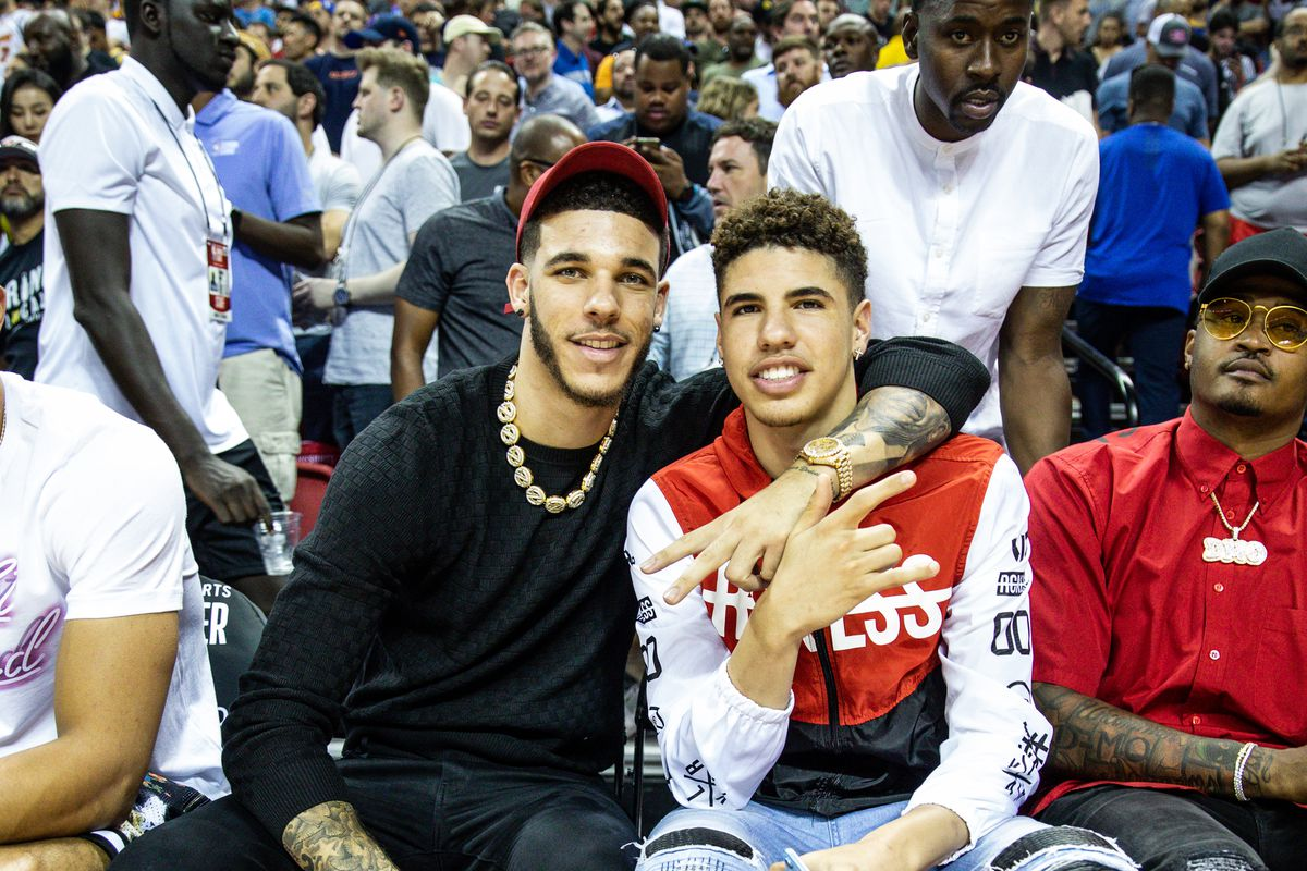 Lonzo Ball (L) and LaMelo Ball (R) smile at the NBA Summer League on July 05, 2019 in Las Vegas, Nevada.