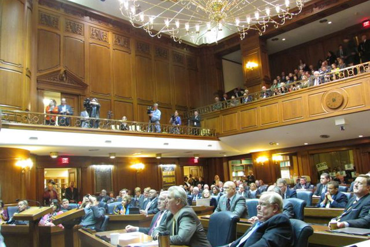 On the last day of the 2016 legislative session, lawmakers move ahead with plans to ditch ISTEP.