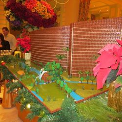 The back of a gingerbread replica of Wynn Las Vegas and Encore Las Vegas, including the golf course. Photo: Susan Stapleton