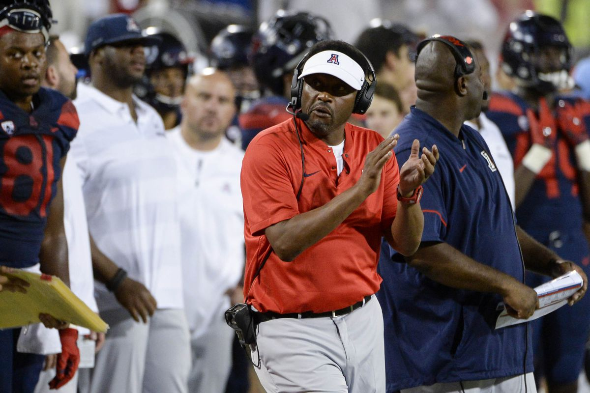 """<span data-author=""""5158751"""">kevin-sumlin-arizona-wildcats-football-press-conference-oregon-state </span>"""