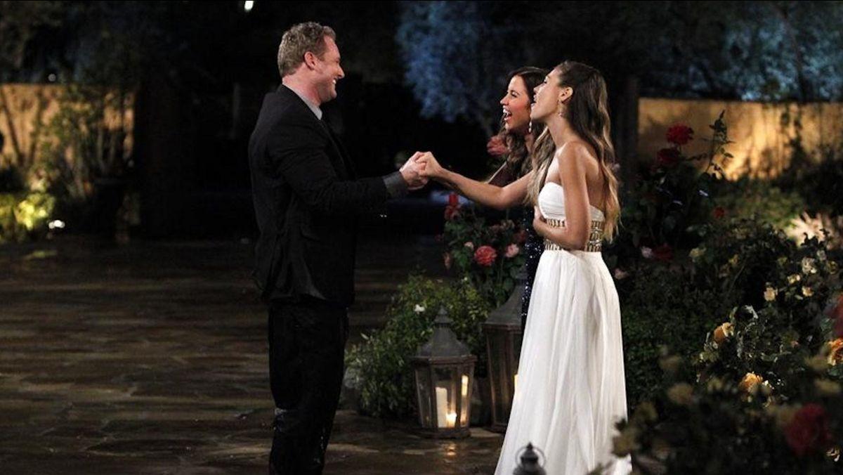 Kaitlyn and Britt greet a contestant
