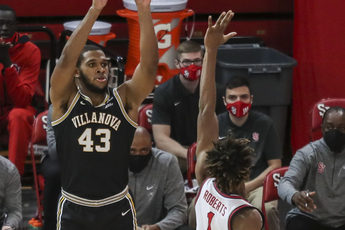 Villanova Wildcats forward Eric Dixon takes a three-point shot in the first half against the St. John s Red Storm at Carnesecca Arena.
