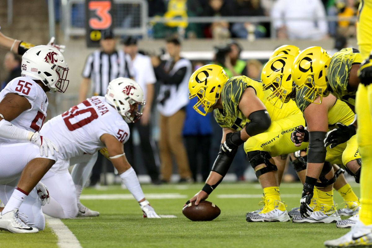 af9691591 College Football Late Saturday  Oregon Heads to Washington State in a Pac-12  North Showdown