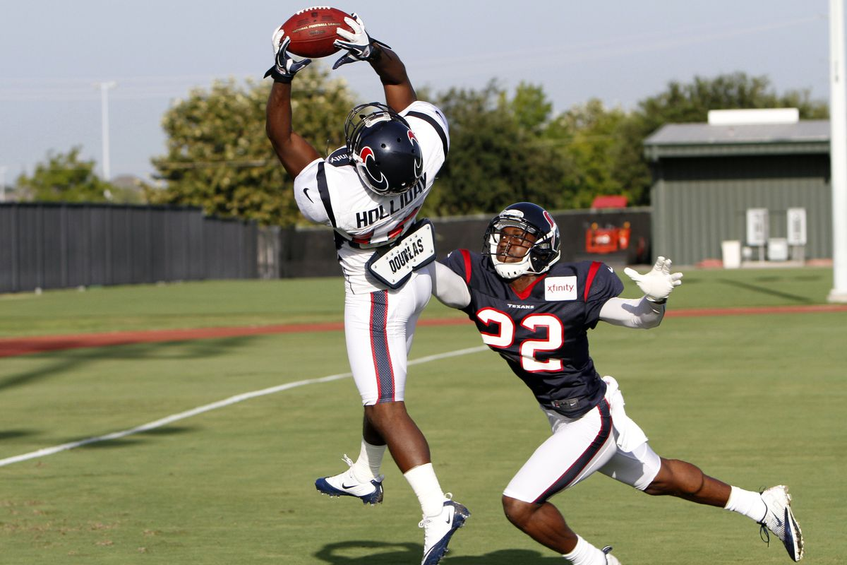 You buying Trindon Holliday as a WR, KR, or a PR for the Texans' final 53-man roster?