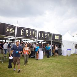 The grand tasting tent. // photo by Andrea Grimes