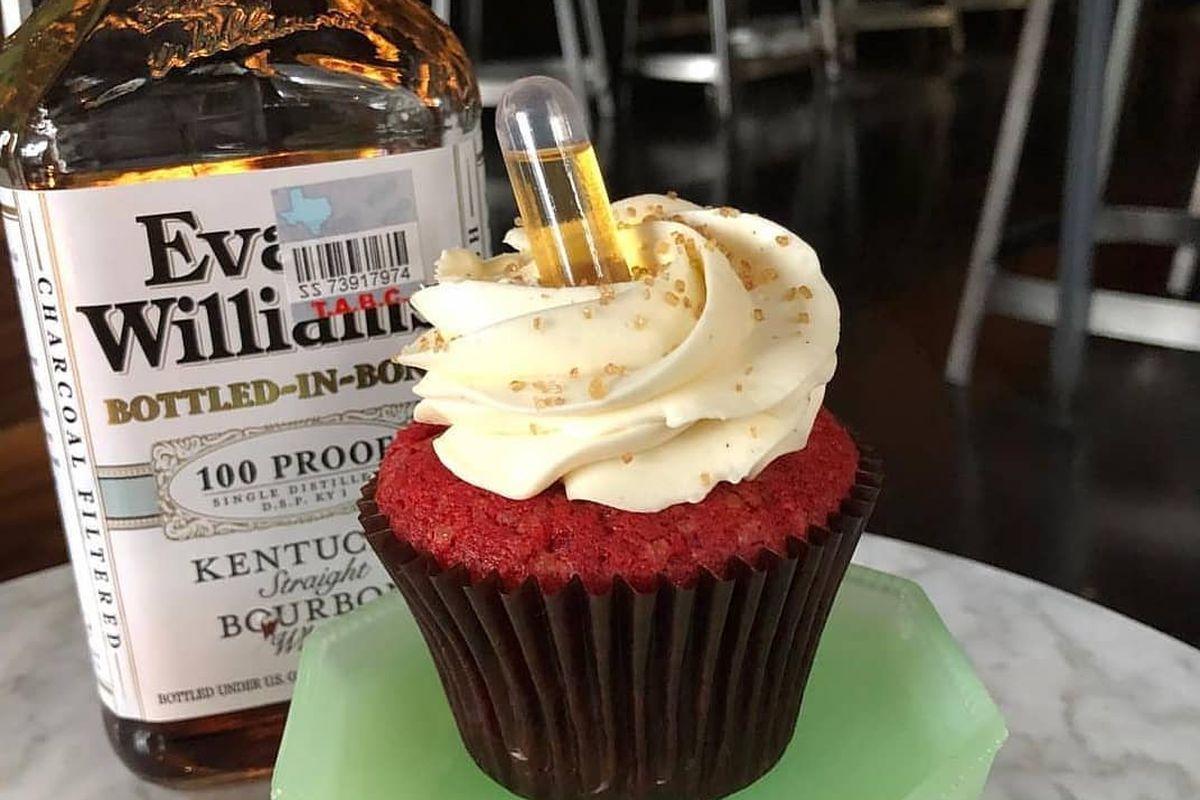 Boozy cupcake at Texas Tavern