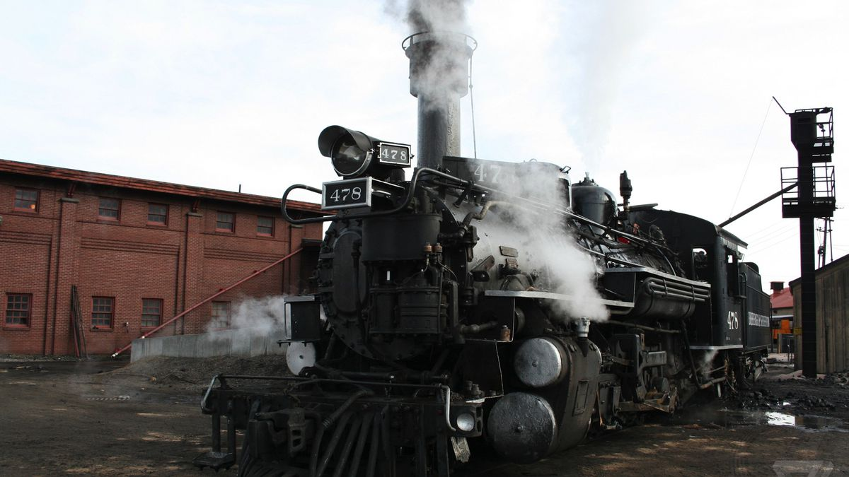 This glorious steam locomotive is full of 1923's finest