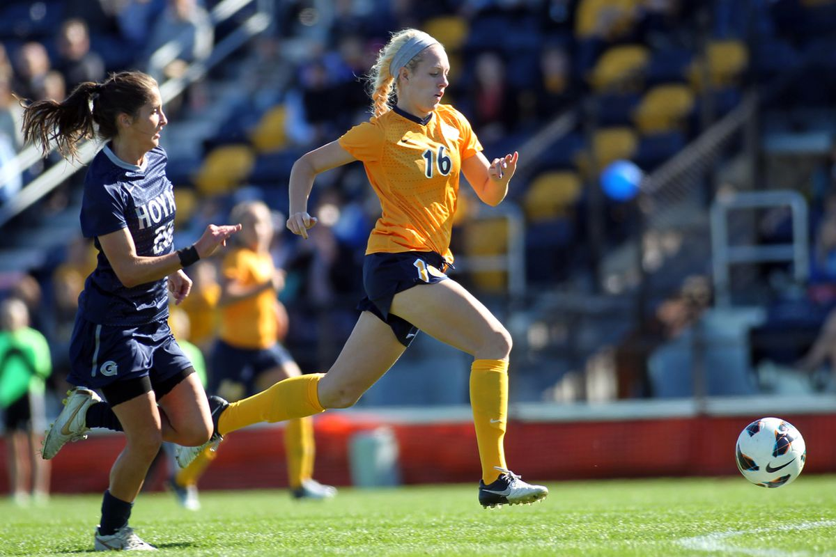 Ashley Handwork recorded both of Marquette's shots against St. John's.