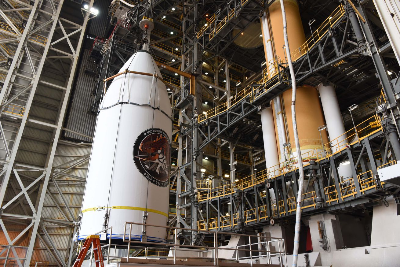 watch a delta iv rocket launch a secret satellite to space