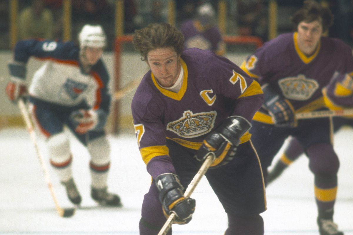 Mike Murphy #7 of the Los Angeles Kings skates against the New York Rangers during an NHL Hockey game circa 1977 at Madison Square Garden in the Manhattan borough of New York City. Murphy's playing career went from 1971-83.
