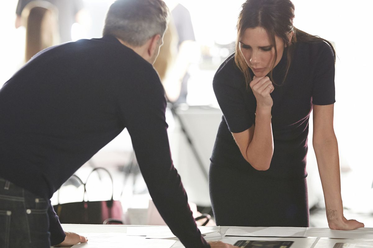 A behind the scenes look at Victoria Beckham working on her Estée Lauder collection.