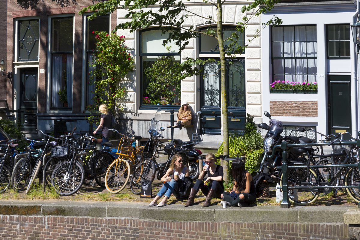 Young People in The Nine Streets, Amsterdam, Holland