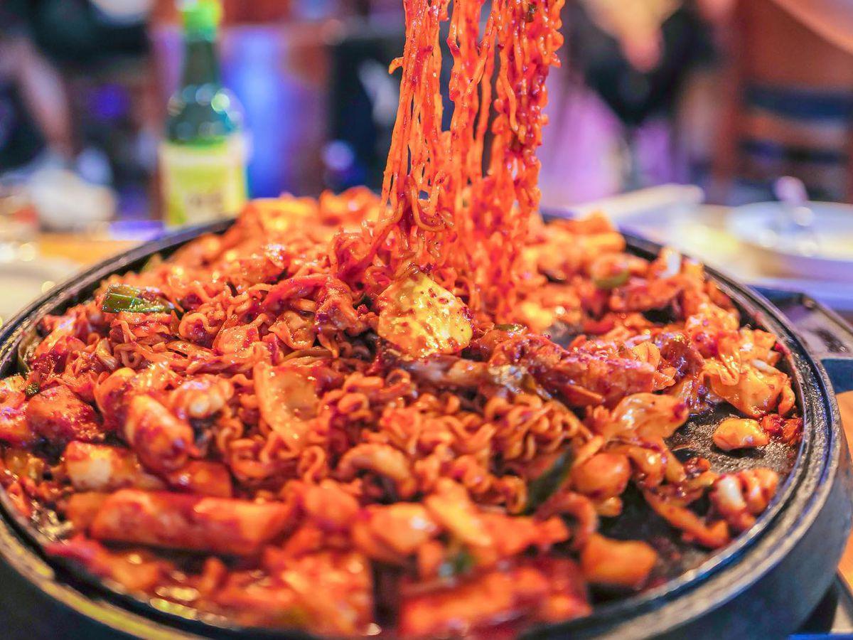 Seafood noodles at Seoulju