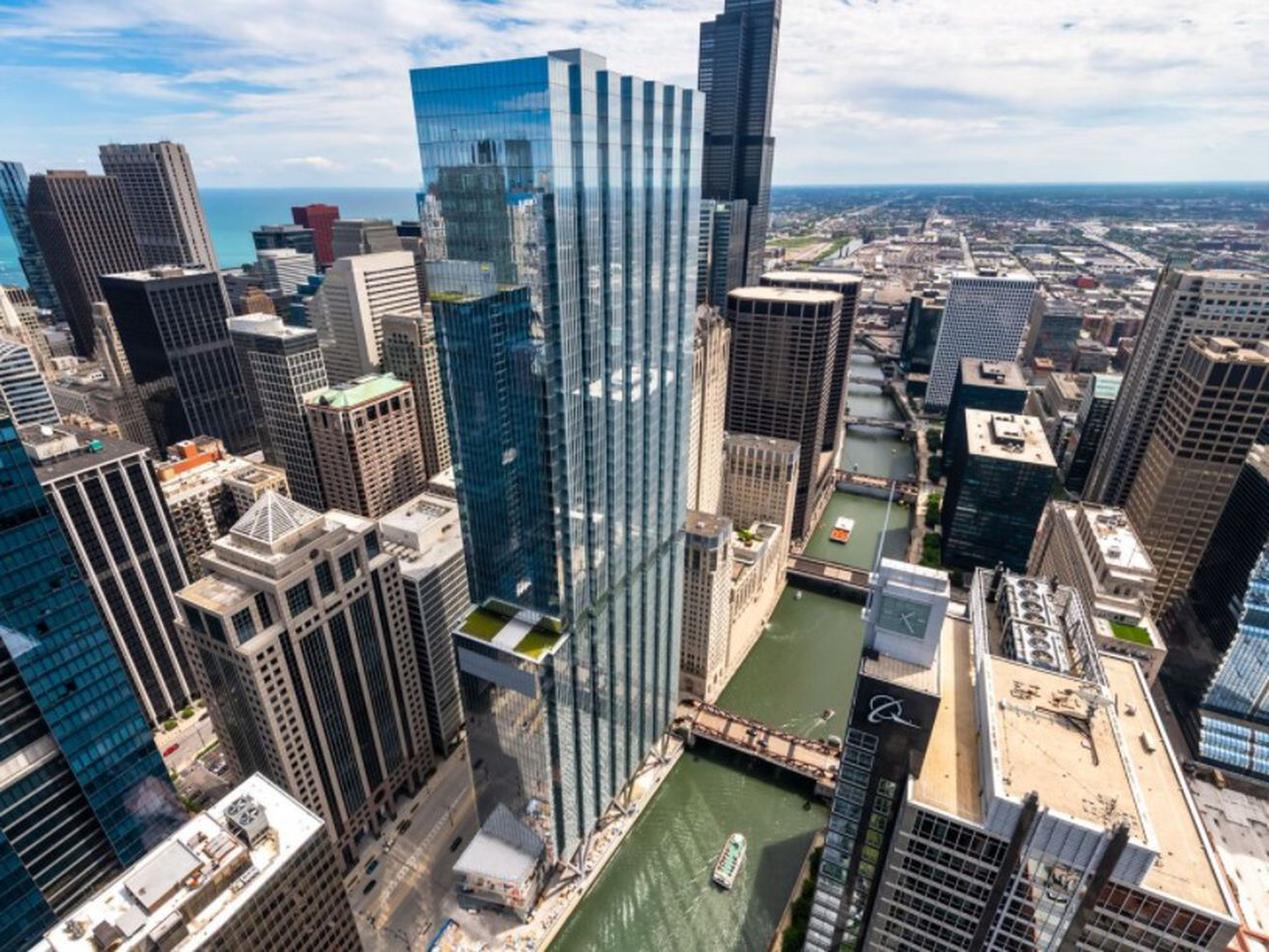 Downtown Chicago faces an office glut