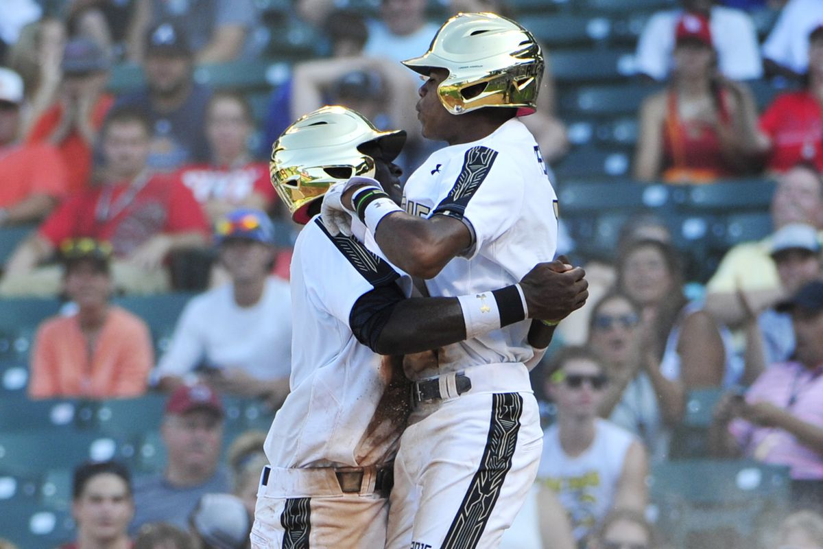 Delvin Perez, right, is the best shortstop prospect in this year's draft. Who else is in the top 20?