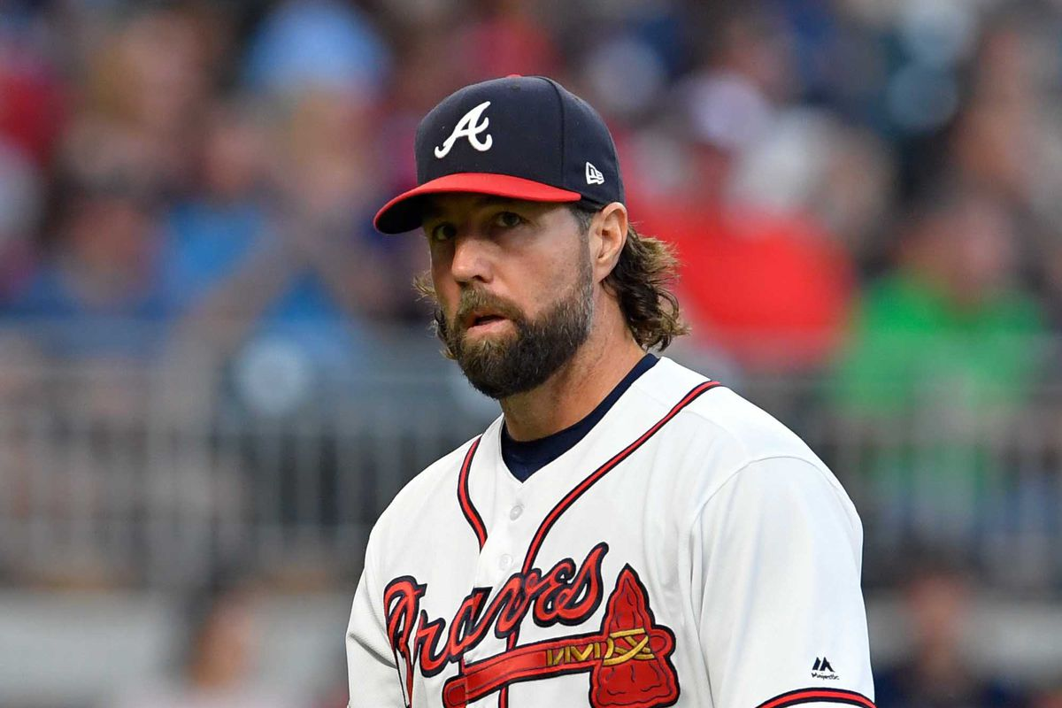 R.A. Dickey turns in good performance as Braves defeat ...