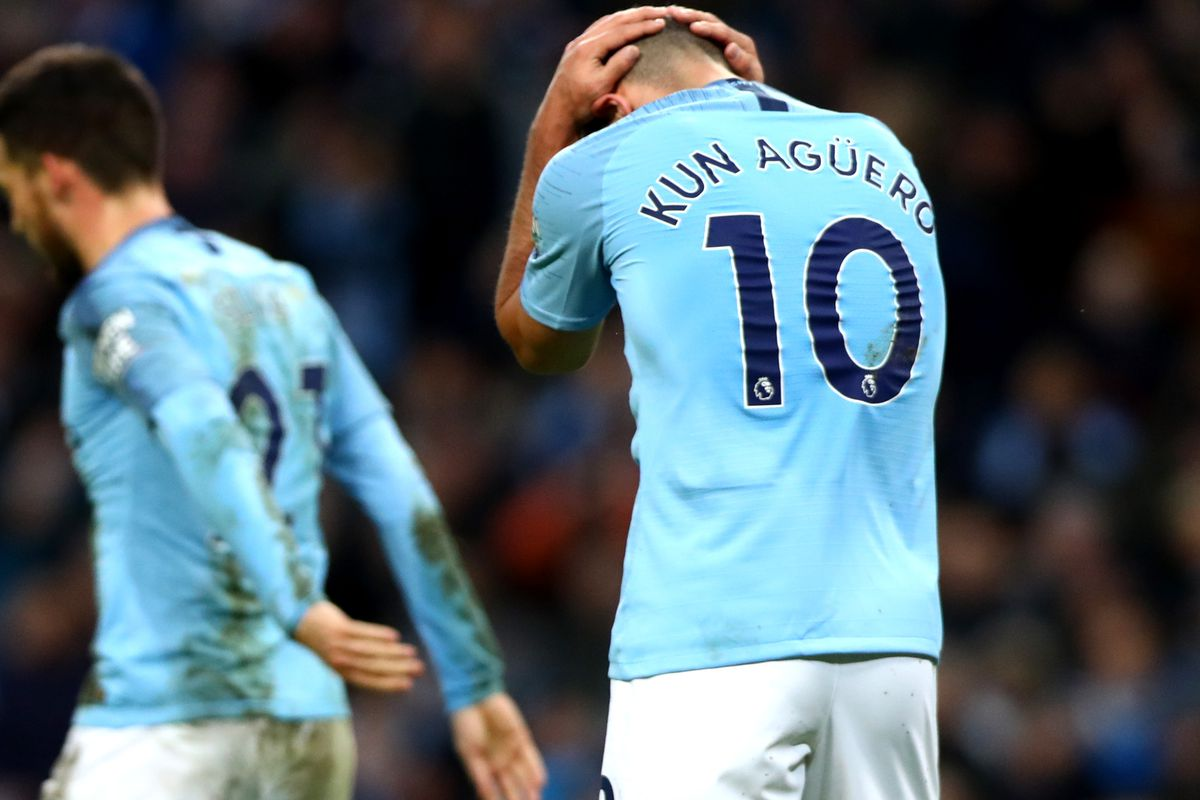 Sergio Aguero holds his head in his hands - Manchester City - Premier League