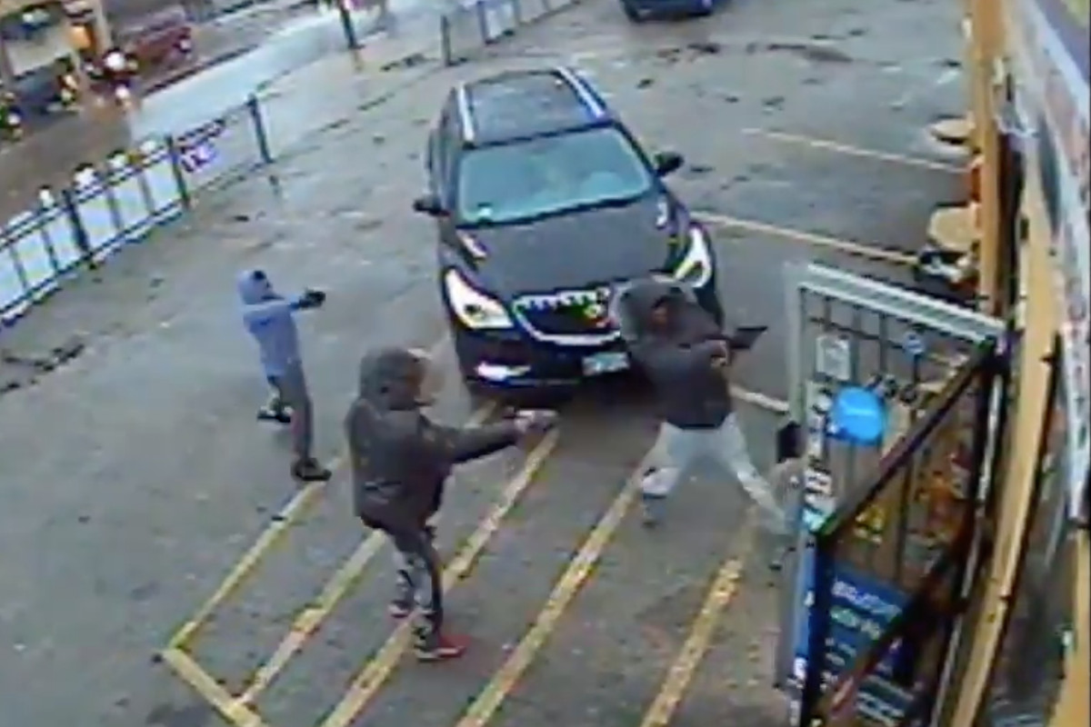 Video footage of suspects in a fatal shooting in Avalon Park was released by police.