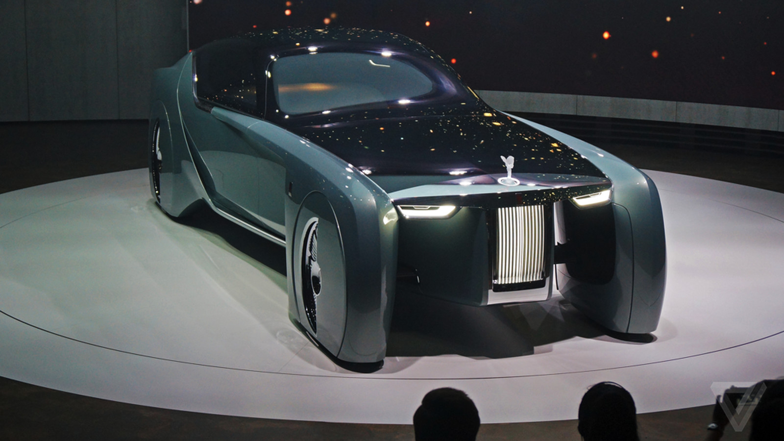 Get Inside Rolls Royce S Unbelievable Vision 100 Concept Car In 360 Degrees The Verge