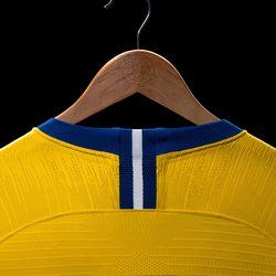 Chelsea 2018-19 away shirt by Nike
