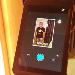 Once your SELFY is snapped, you can instantly print the image or have it sent to you via email or text.