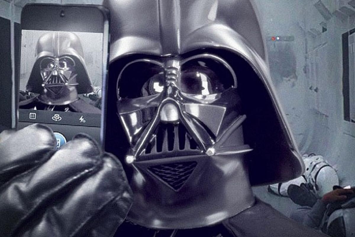 Dark Vader Instagram selfie