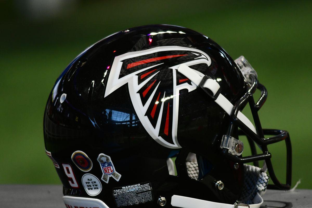 NFL: NOV 24 Buccaneers at Falcons