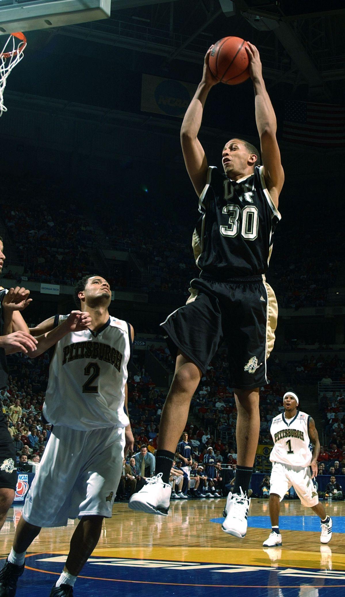 2004 NCAA 1st Round: UCF v Pittsburgh