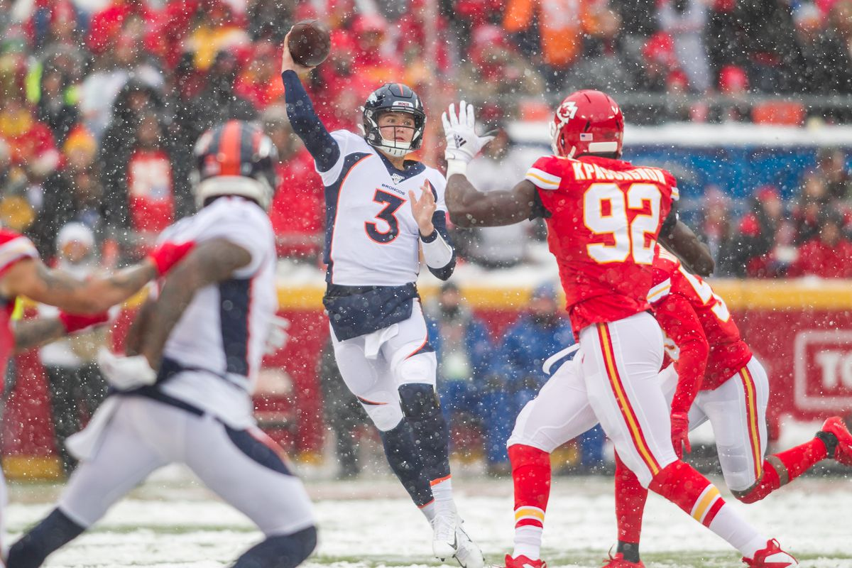 Chiefs At Broncos 2020 Game Time Tv Schedule And How To Live Online Arrowhead Pride