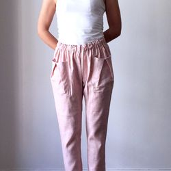 The ideal weekend pant (and not just because of the elastic waistline).