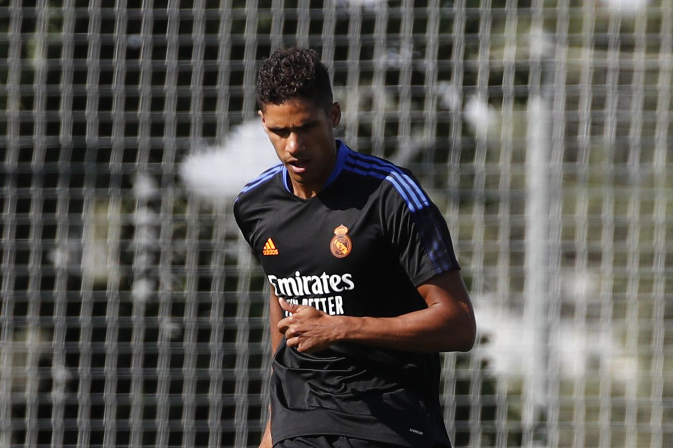Varane and international players rejoin Real Madrid squad in training