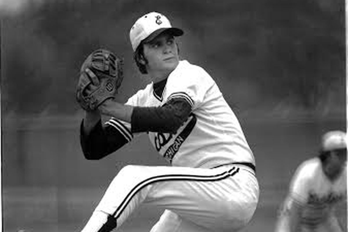 Bob Welch pitching for the Hurons