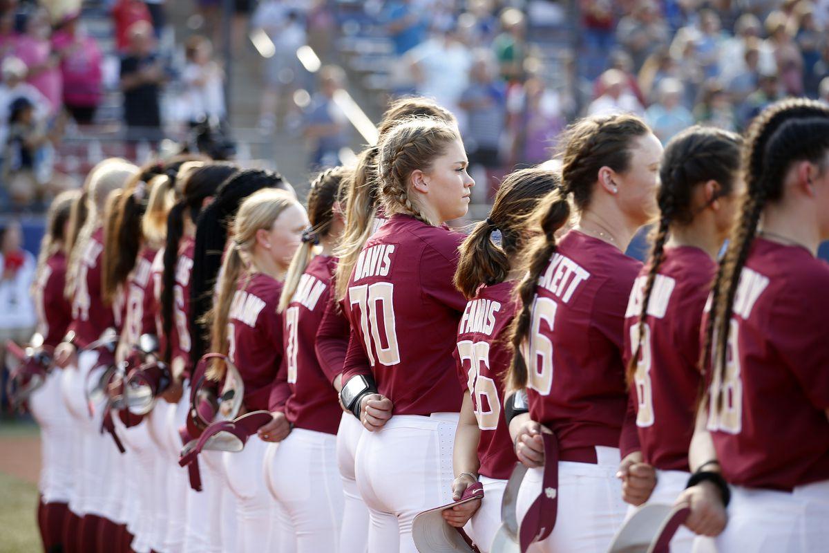 2018 NCAA Division I Women's Softball Championship - Game 1