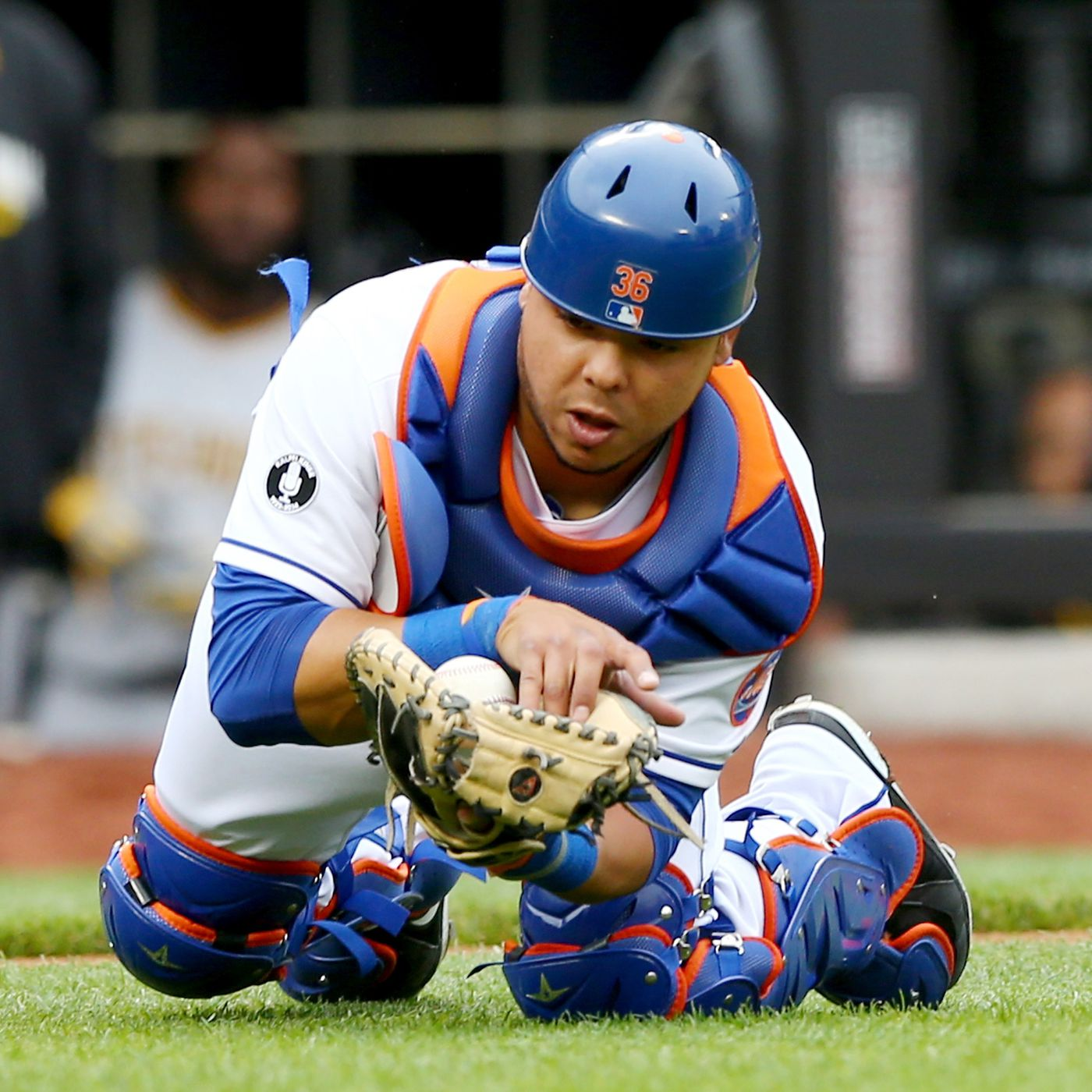 brand new 3749f cd63c Brewers claim Juan Centeno off waivers from Mets - Amazin ...