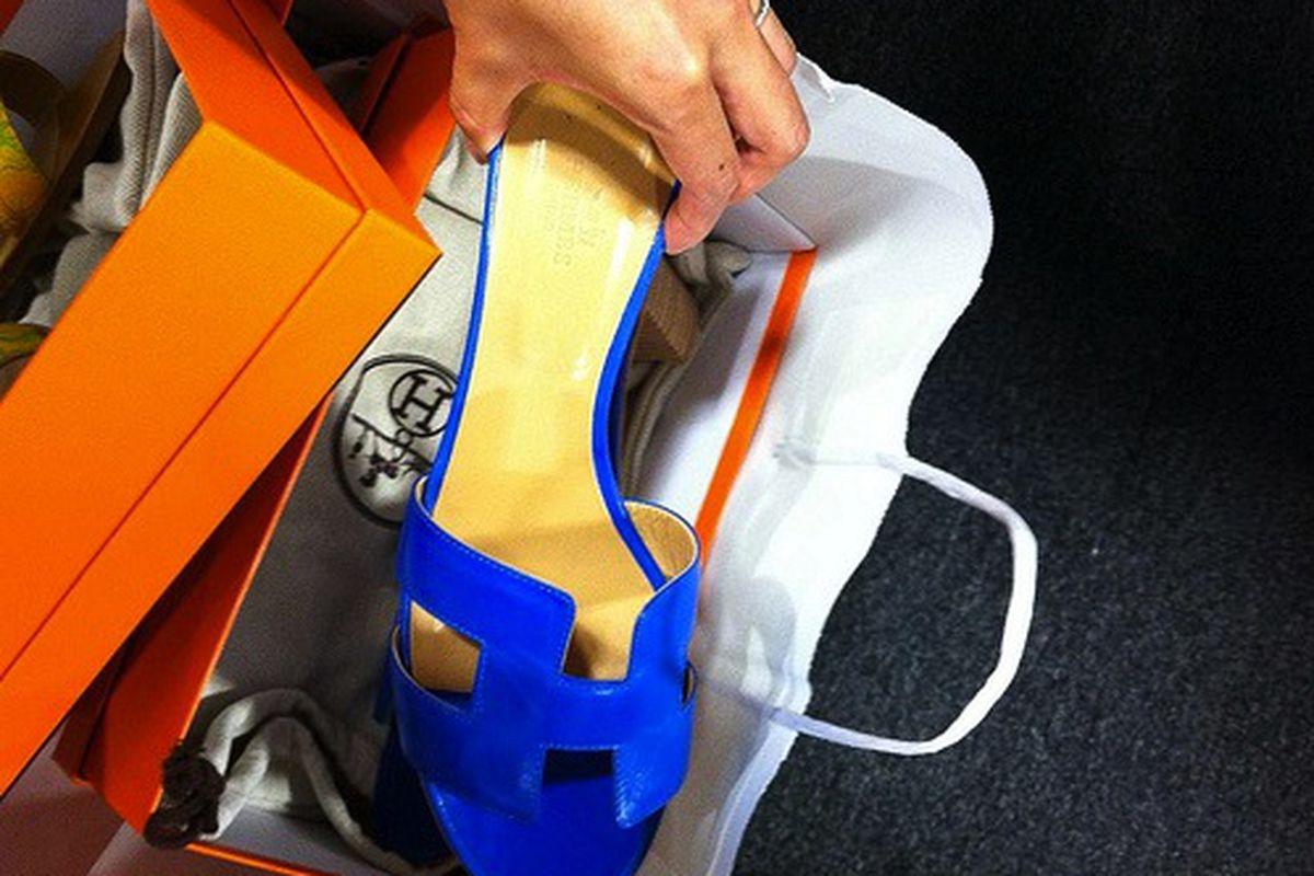 "Image via <a href=""http://chanello.tumblr.com/post/30942851897/report-from-the-hermes-vip-sale-fail-no"">Chanello</a>"