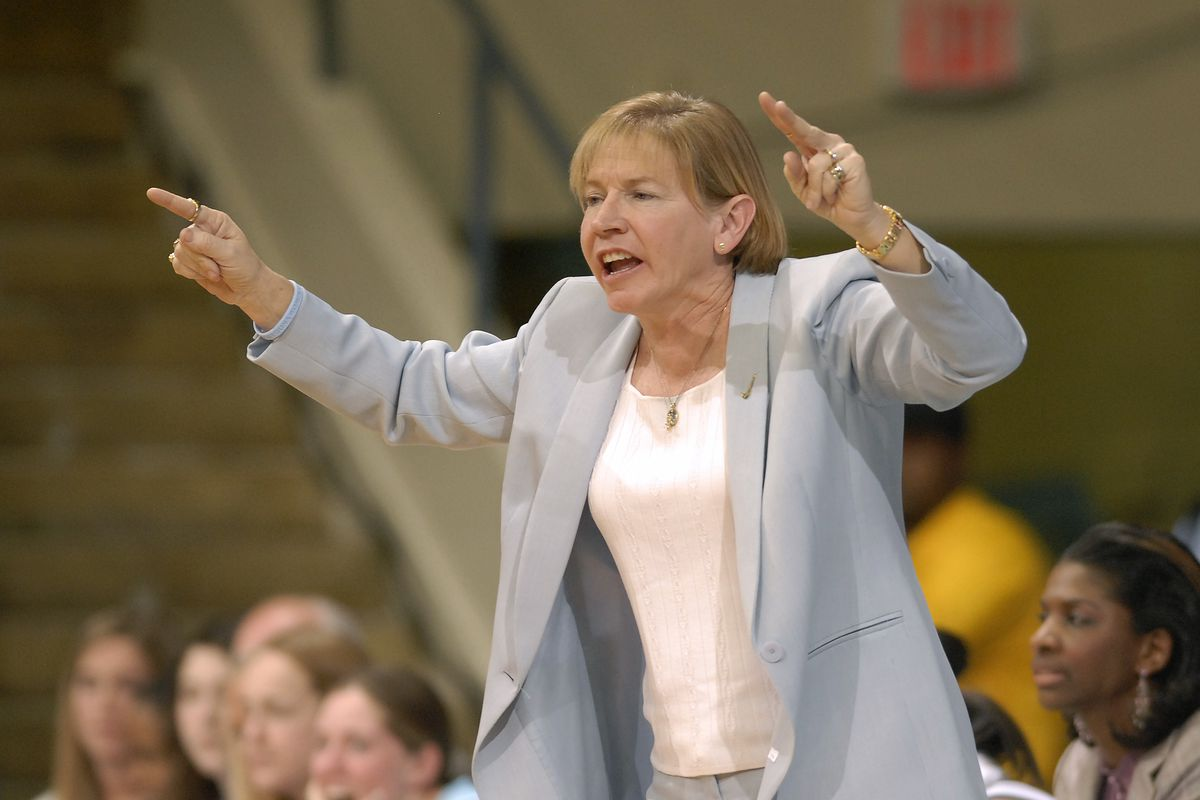 Sylvia Hatchell's resignation as UNC head coach is a sign of progress