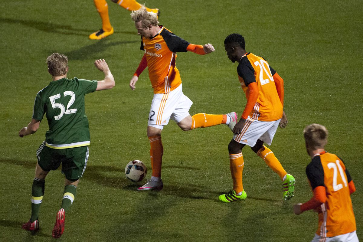 Casner in training with the Dynamo this preseason.