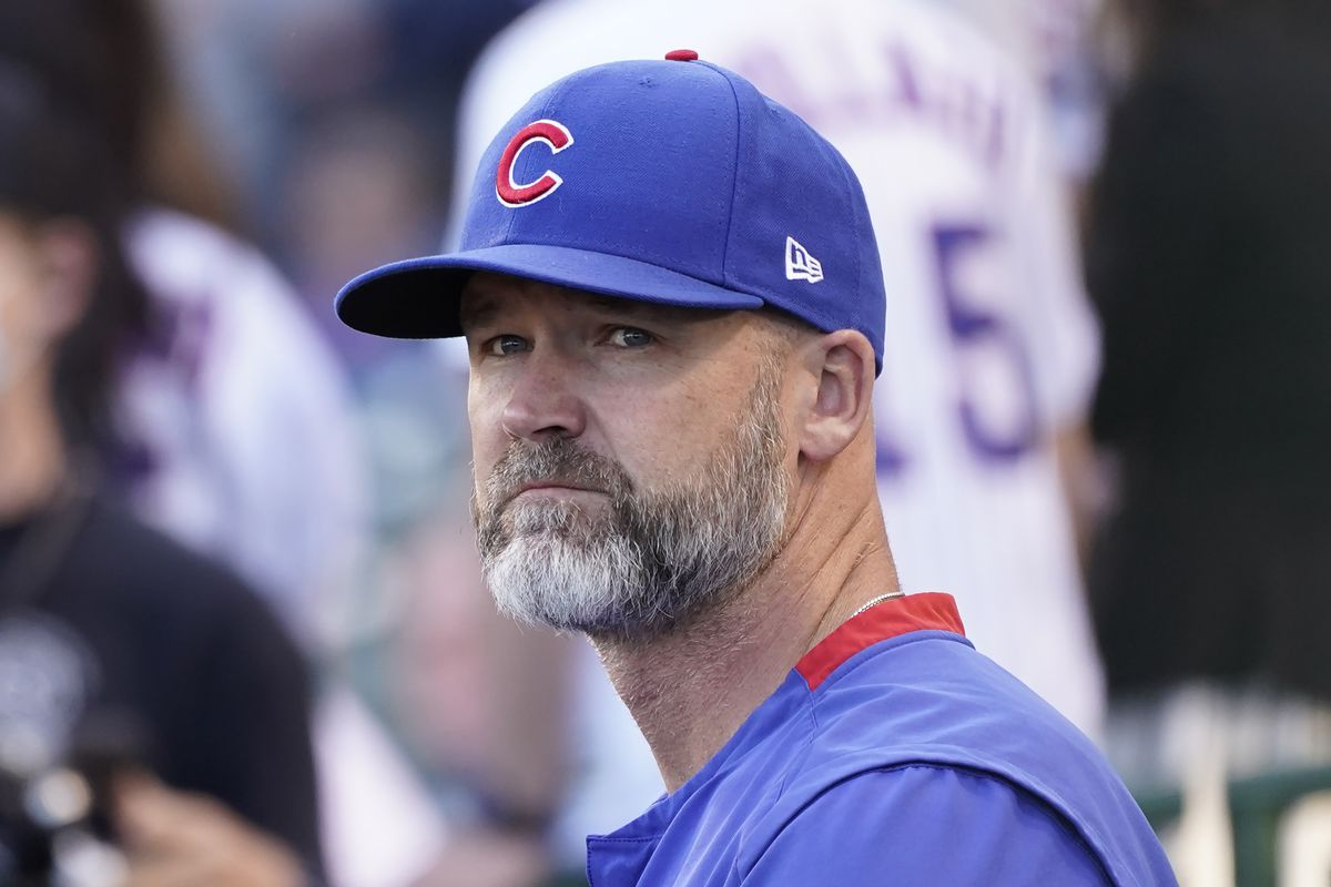 """David Ross had a """"pit in [his] stomach"""" after benching Javy Baez."""